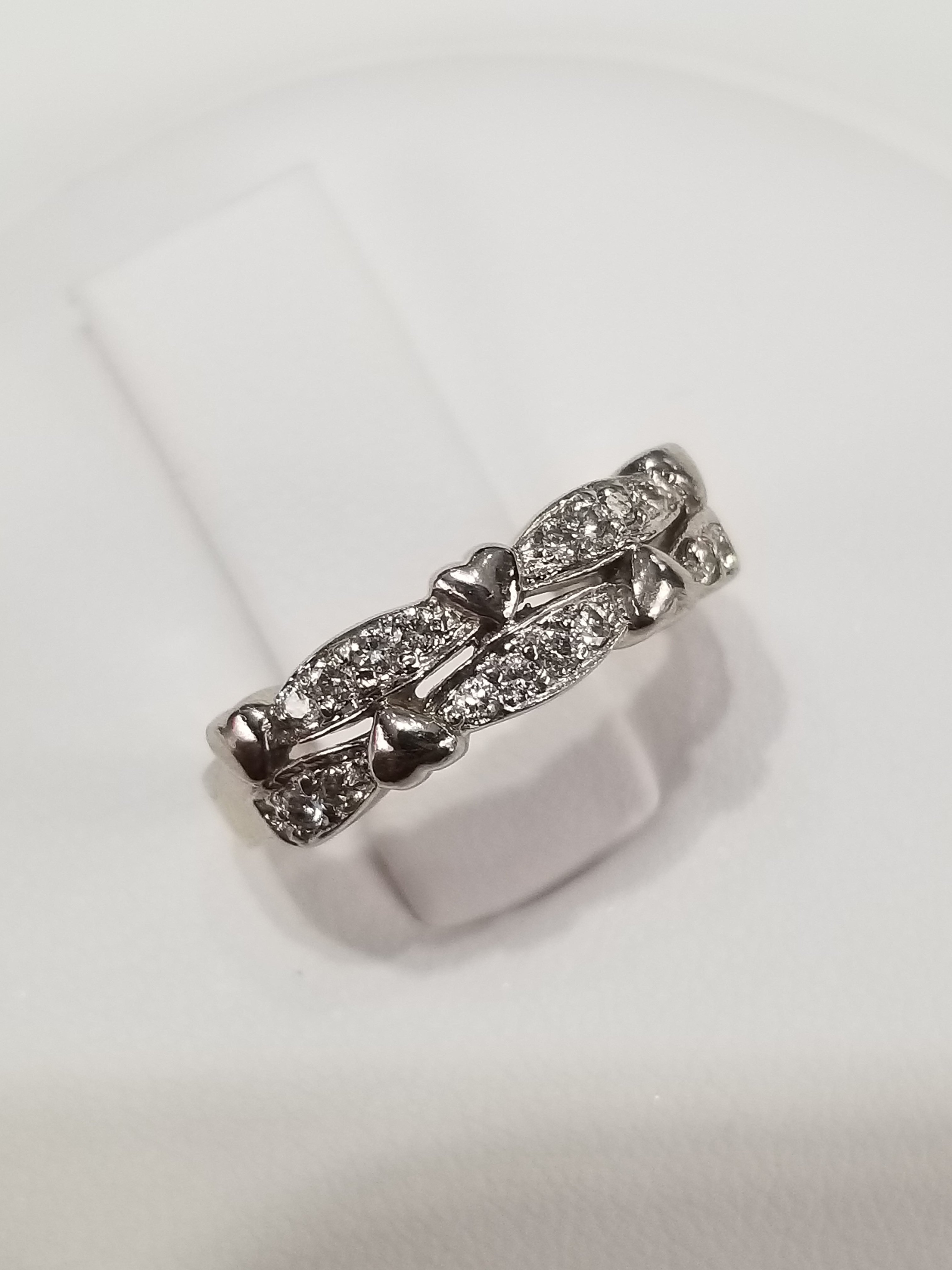 14K White Gold Diamonds: 0.25ct Regular Price $1850 SALE $495 Ref: GP373