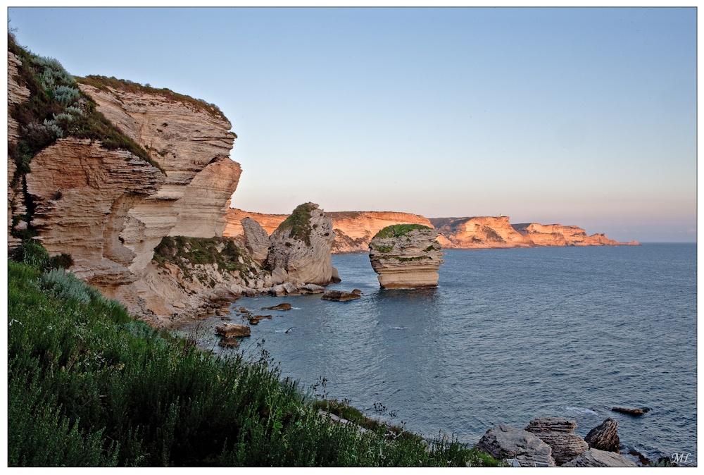 Le «Grain de sable» à  l'heure bleue  Bonifacio, Corse  Avril 2010