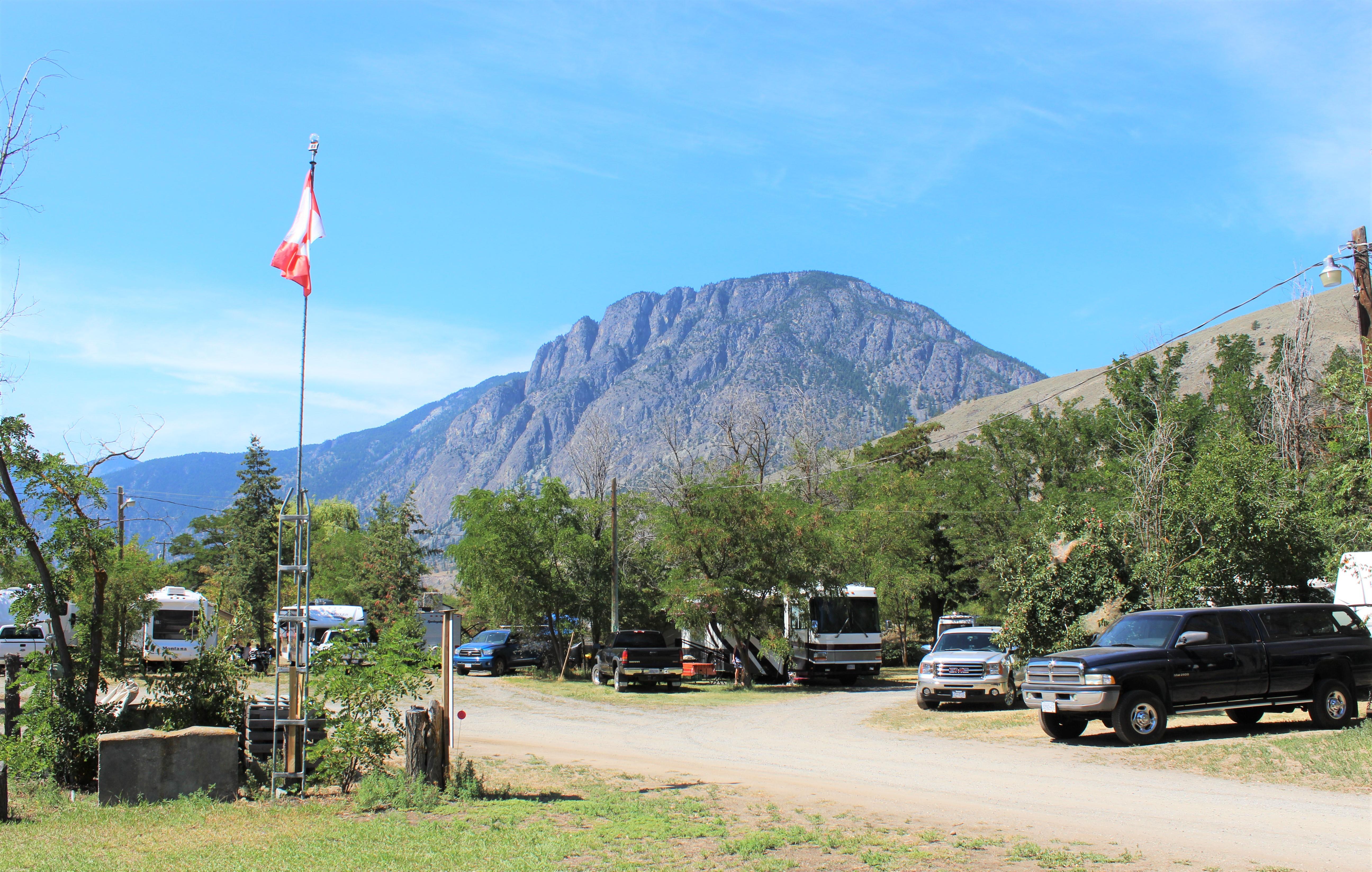 https://0901.nccdn.net/4_2/000/000/046/6ea/campsite-picture-4.jpg