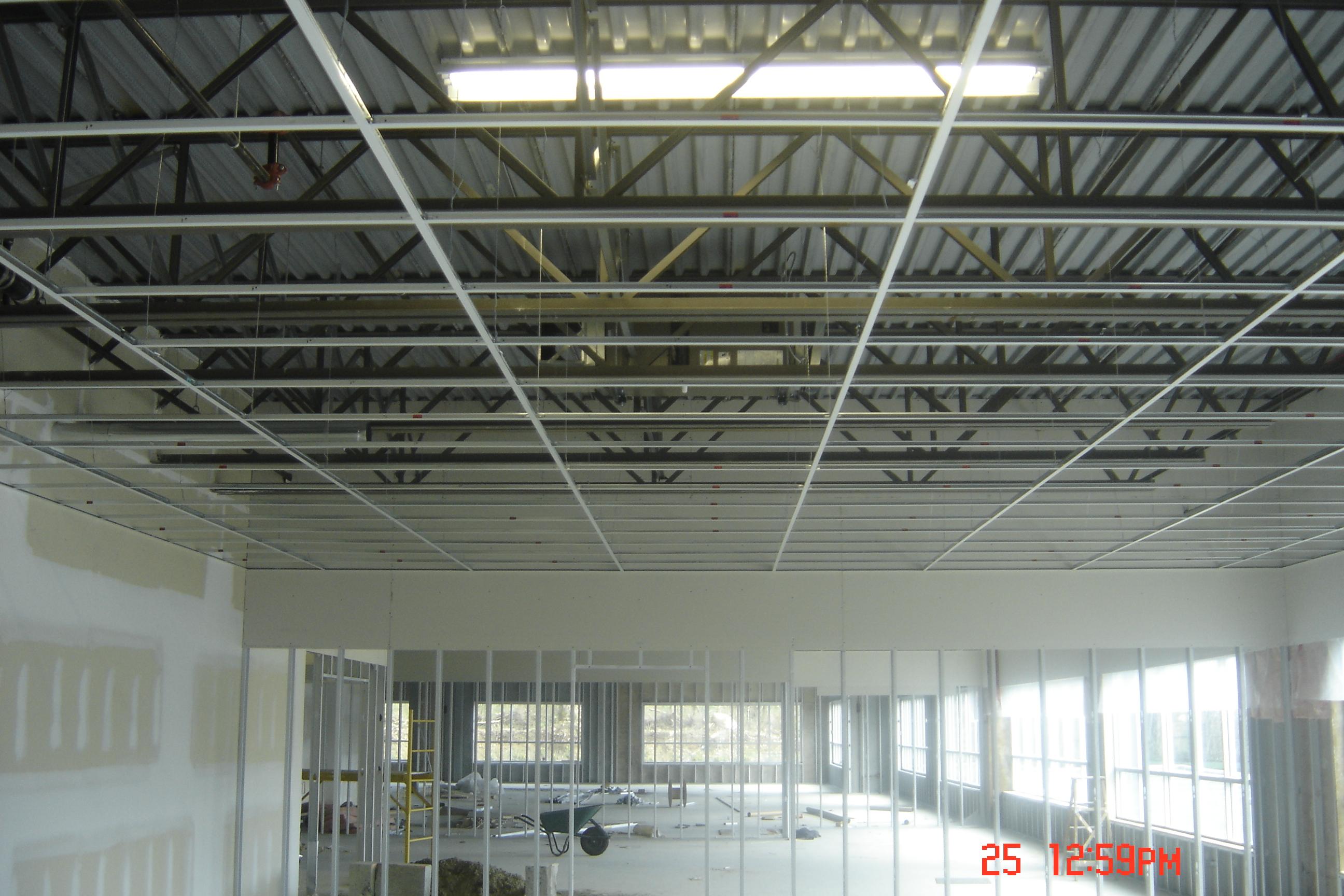 https://0901.nccdn.net/4_2/000/000/046/6ea/prado-buildings-10hwy-001.jpg