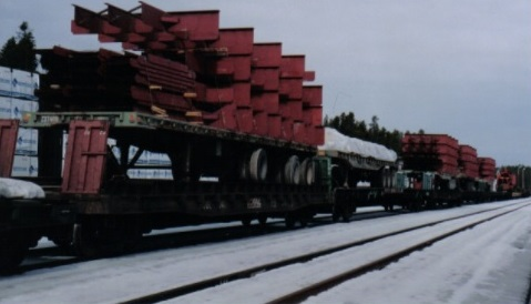 The frame and bulkhead modules were constructed in a shop in Prince George, BC and shipped to Mackenzie, BC by rail for welding to the hull plate.
