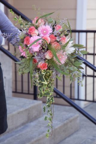 https://0901.nccdn.net/4_2/000/000/048/971/wedding_flowers_port_alberni_20161115a.jpg