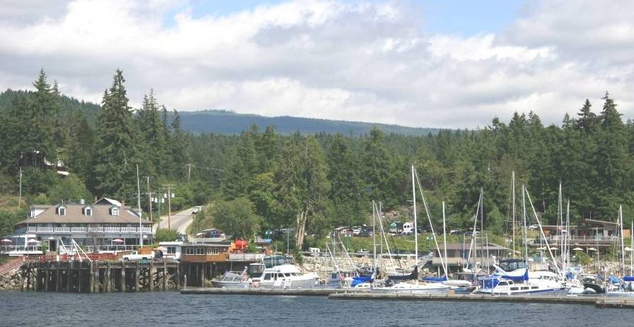 https://0901.nccdn.net/4_2/000/000/04b/787/Lund-Harbour--BC-896x463.jpg