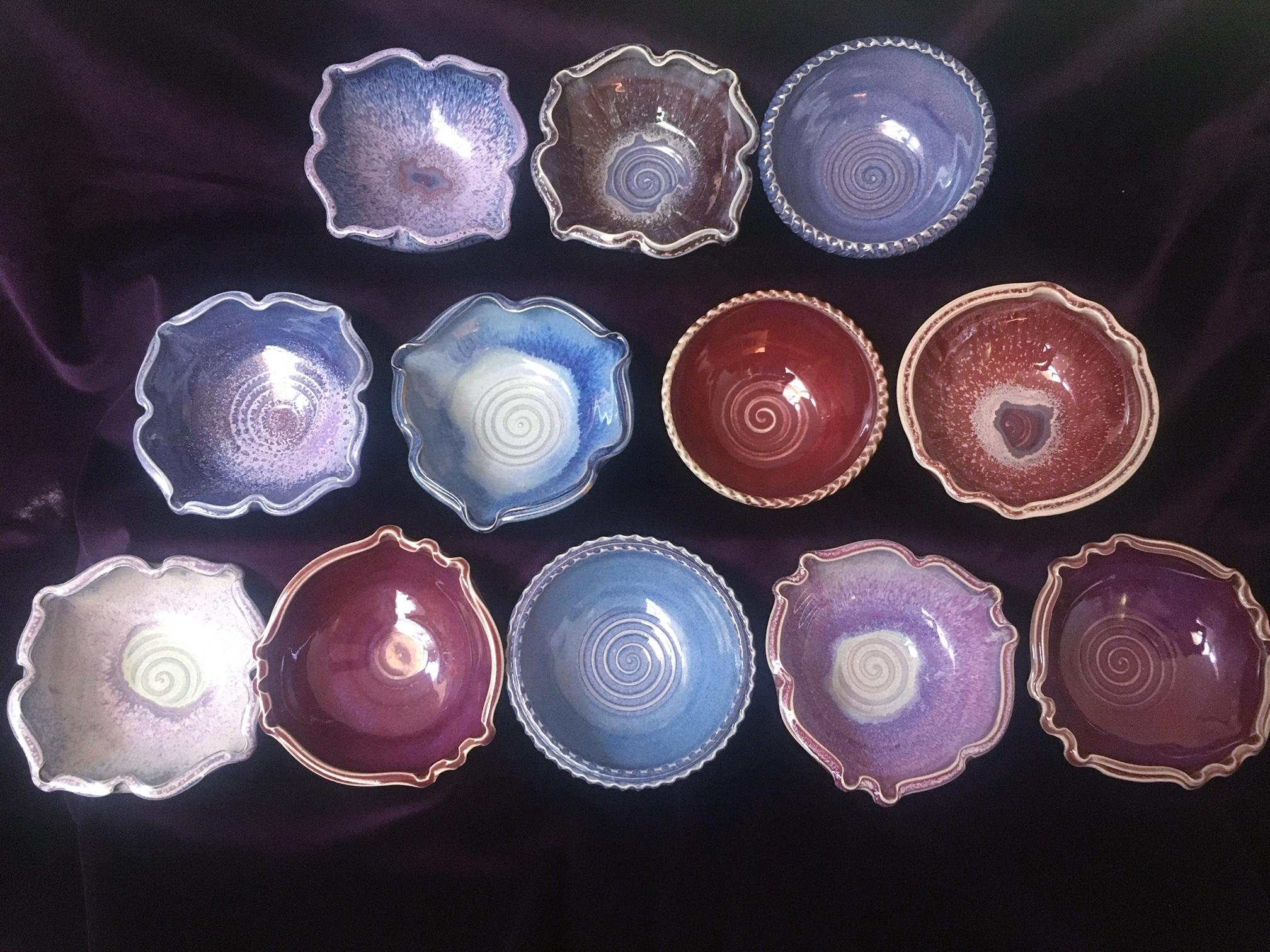 https://0901.nccdn.net/4_2/000/000/04b/787/bowls1.JPG
