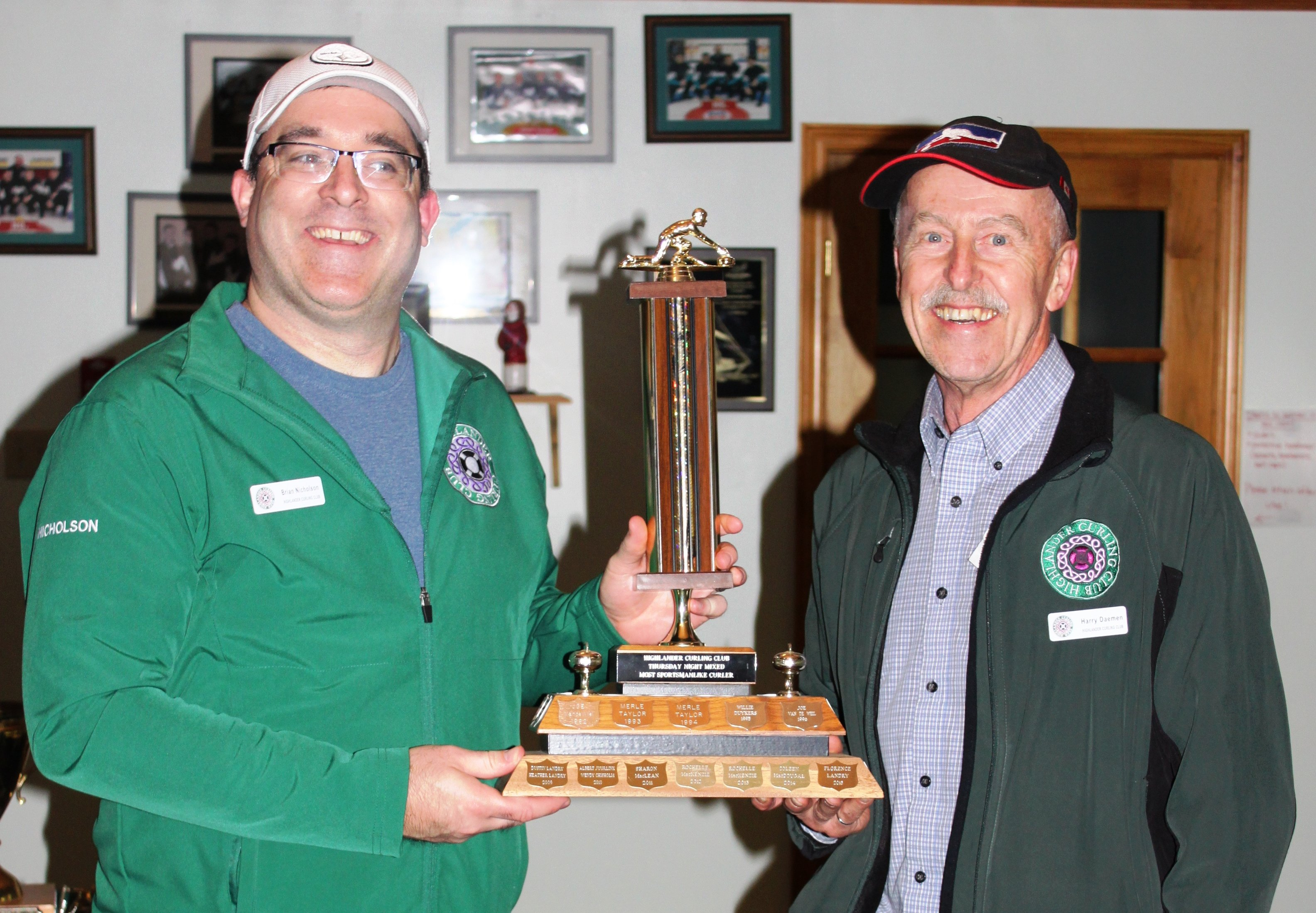 Thursday Night Mixed Most Sportsmanlike: Brian Nicholson (left) Presented by Harry Daemen (right)