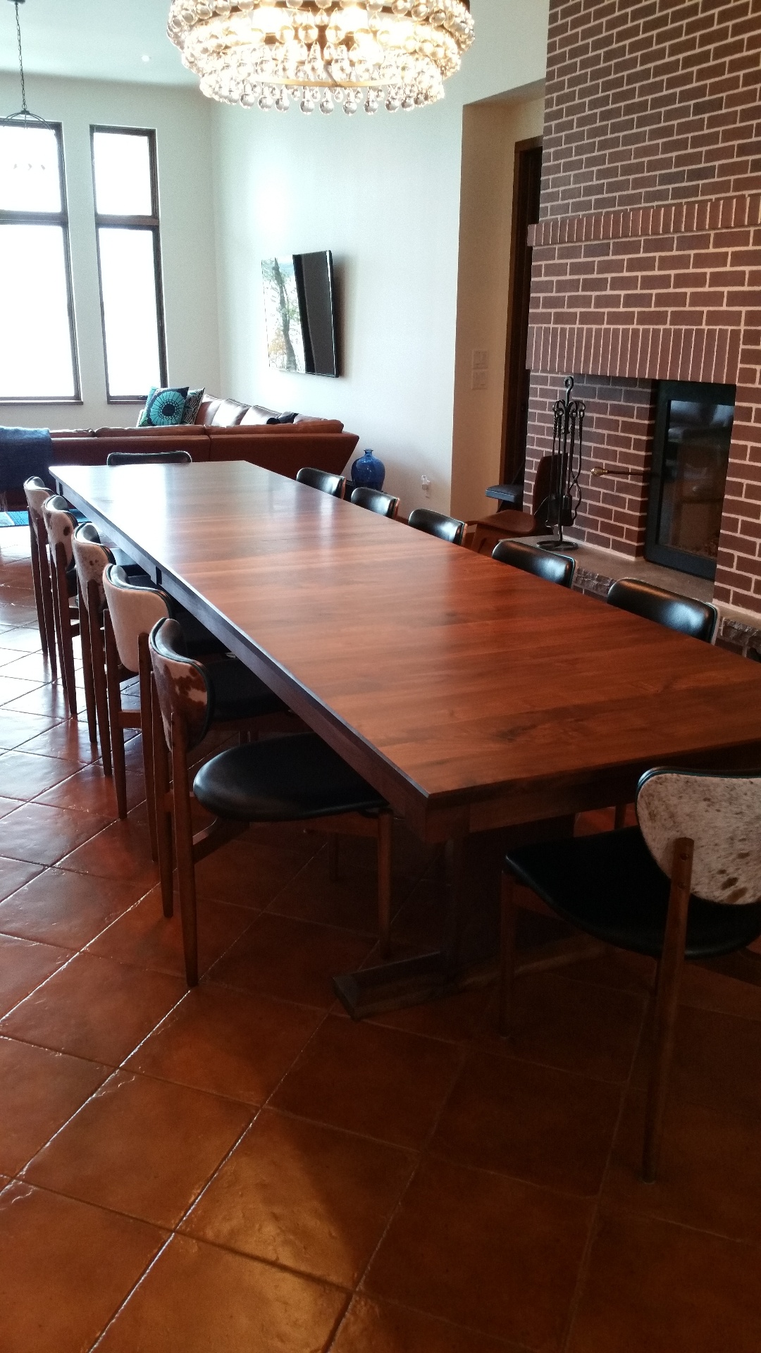Eggen Lake Residence Table