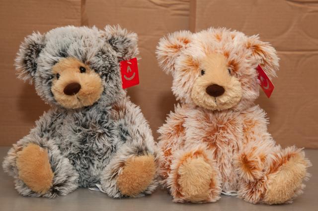 https://0901.nccdn.net/4_2/000/000/04d/add/zb_port_alberni_stuffed_bears-4389.jpg