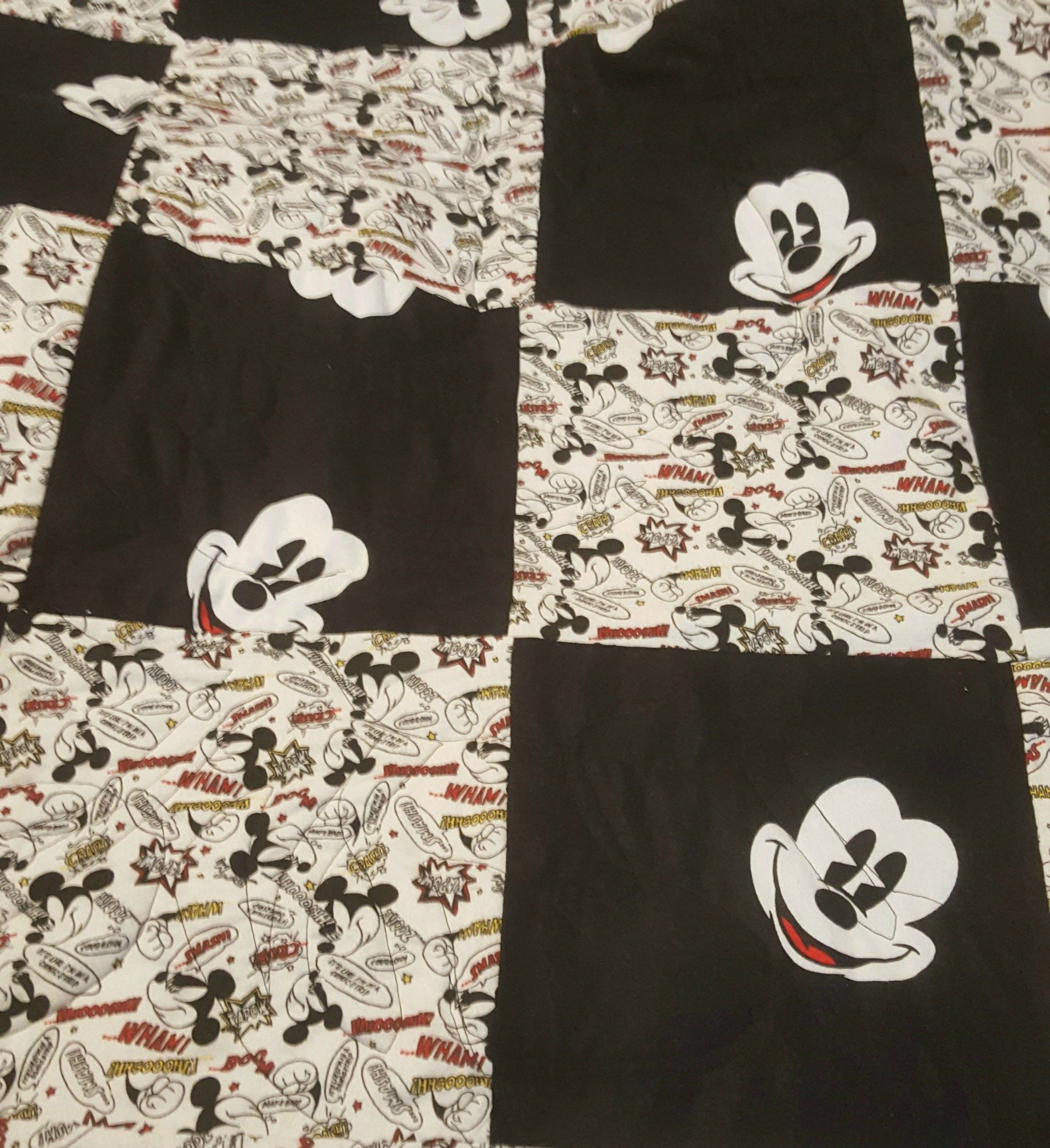 Mickey Face Quilt
