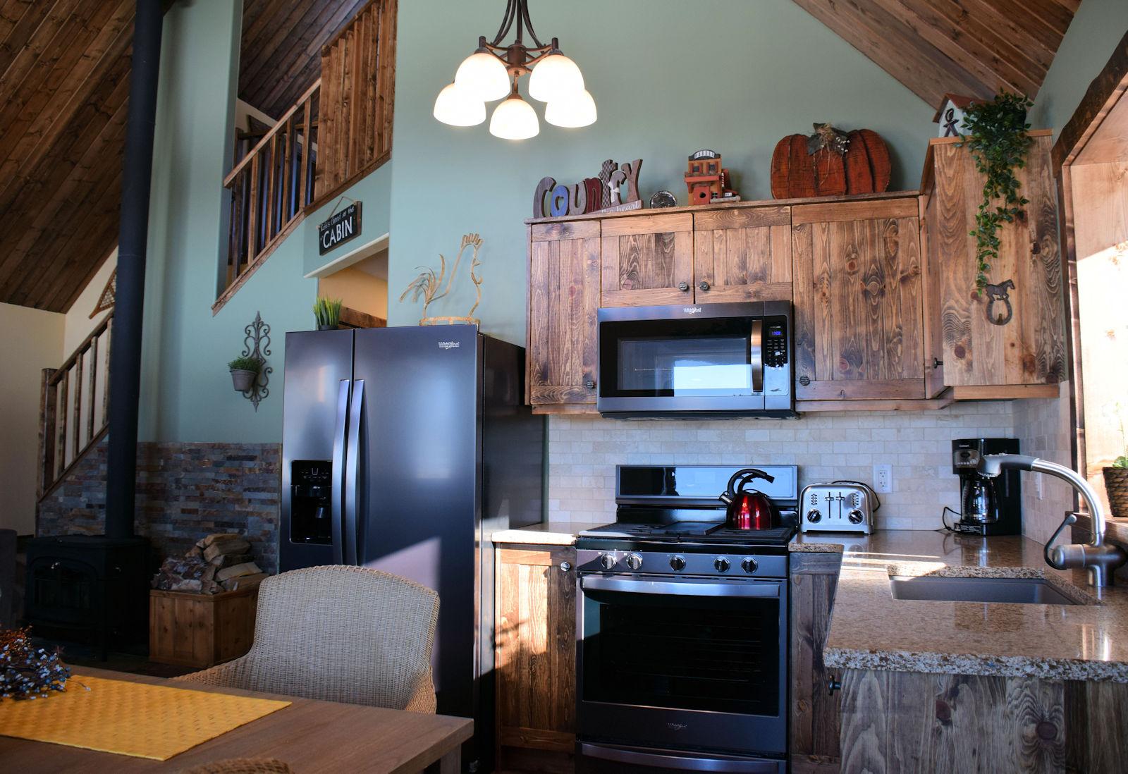 https://0901.nccdn.net/4_2/000/000/050/773/view-from-kitchen-to-stairwell-1600x1098.jpg