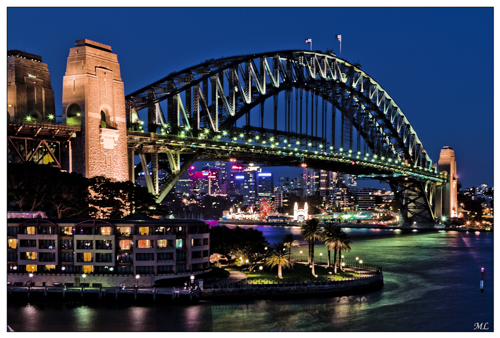 Sydney Harbour Bridge Févner 2010