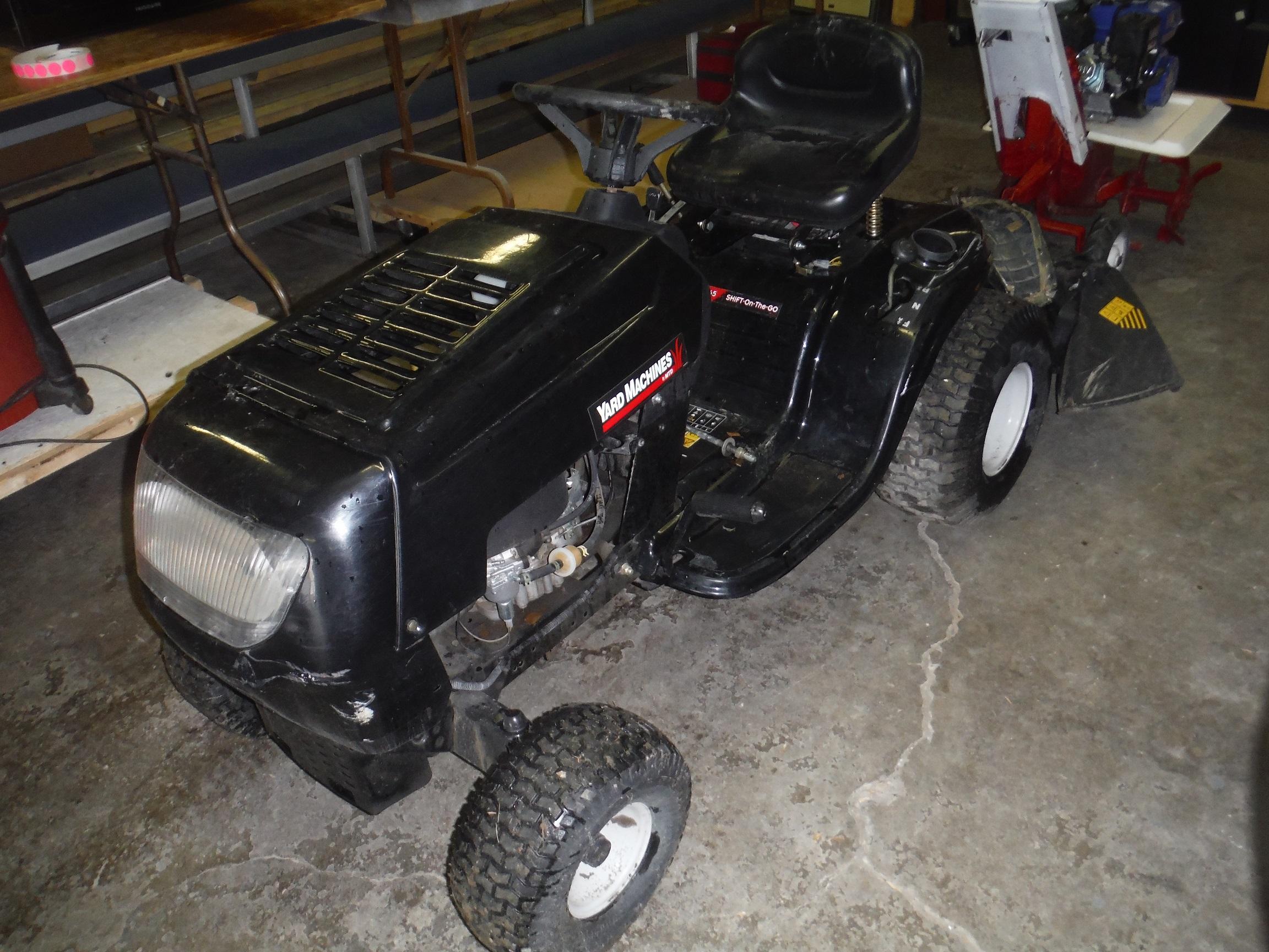 https://0901.nccdn.net/4_2/000/000/051/72c/yardmachine-mower.jpg