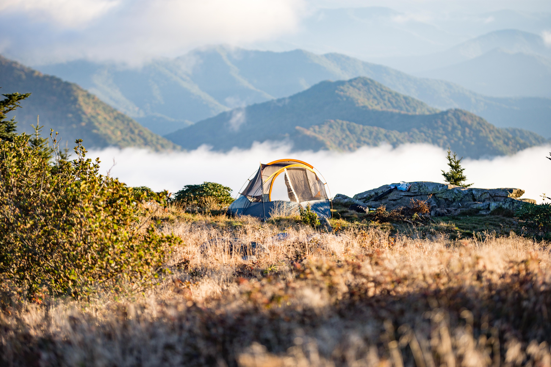 https://0901.nccdn.net/4_2/000/000/056/7dc/Camping.jpeg