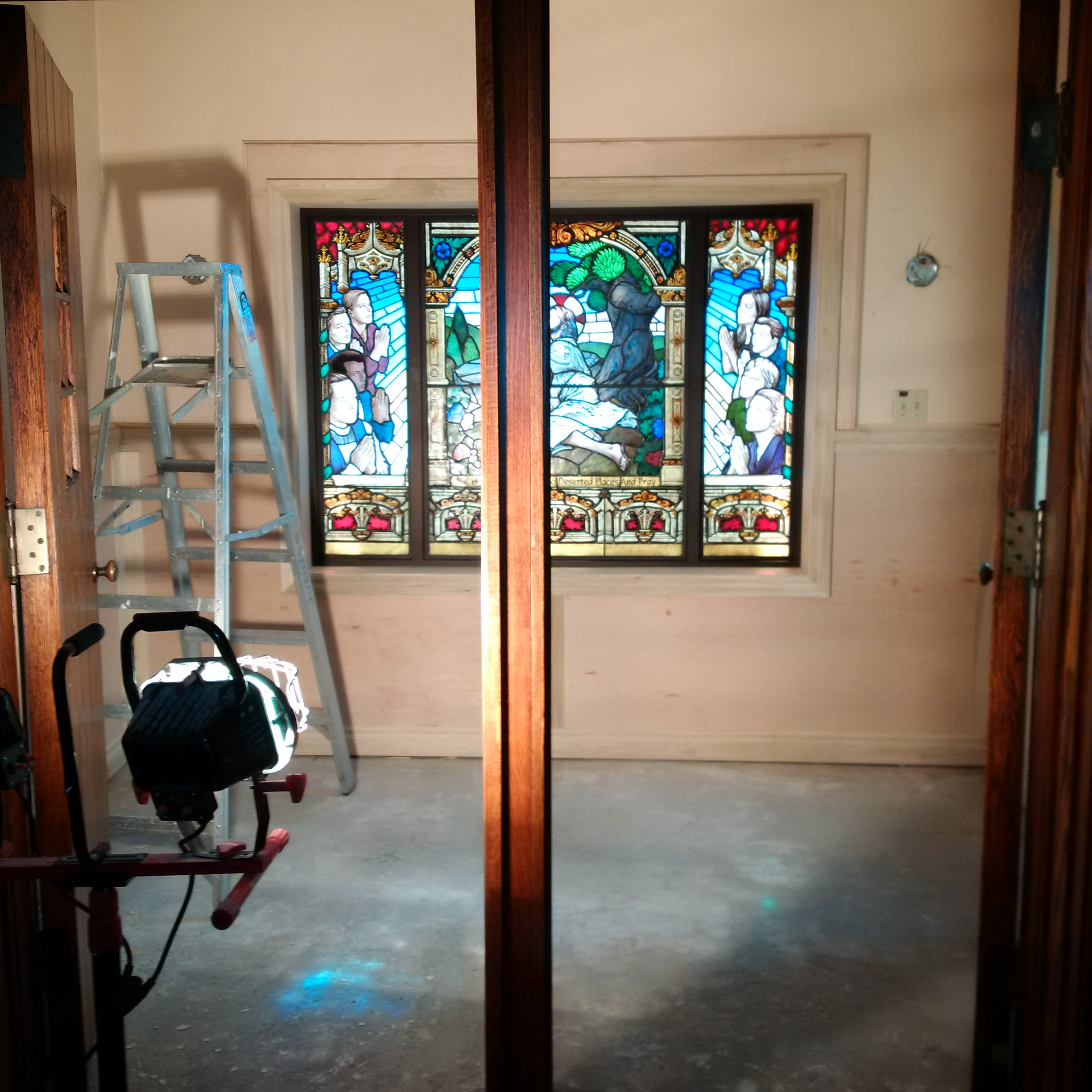 https://0901.nccdn.net/4_2/000/000/056/7dc/Prayer-Room-renovation.jpg