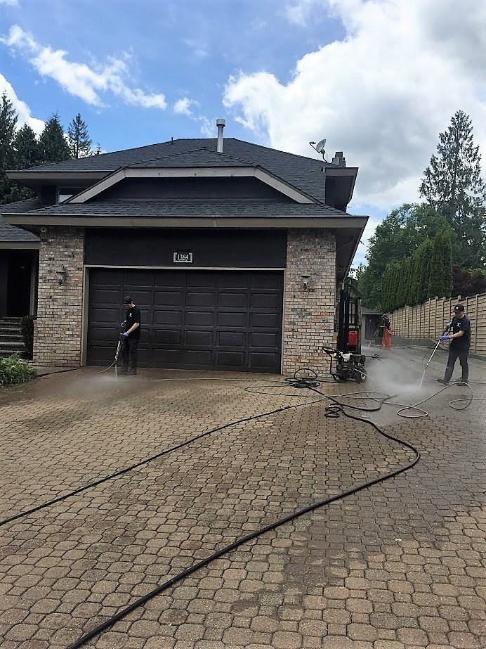 power washing pavement