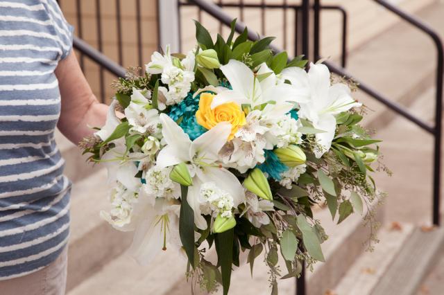 https://0901.nccdn.net/4_2/000/000/056/7dc/wedding_flowers_port_alberni_20161115i.jpg