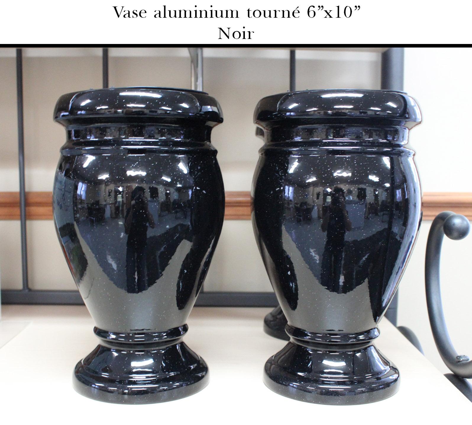 https://0901.nccdn.net/4_2/000/000/058/442/Vase-tourn---6-x10-noir-1596x1440.jpg