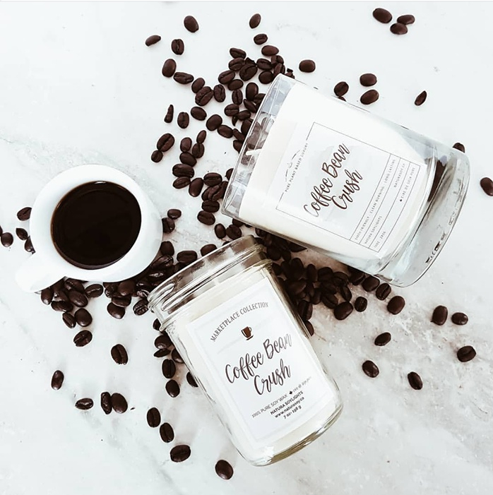 Aromas of warm roasted coffee bean mixed with caramel and dark cocoa.