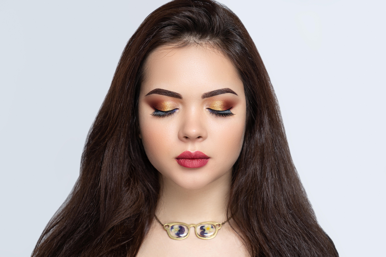 https://0901.nccdn.net/4_2/000/000/05c/240/Canva---beauty-woman-lash-extensions-6000x4000.jpg