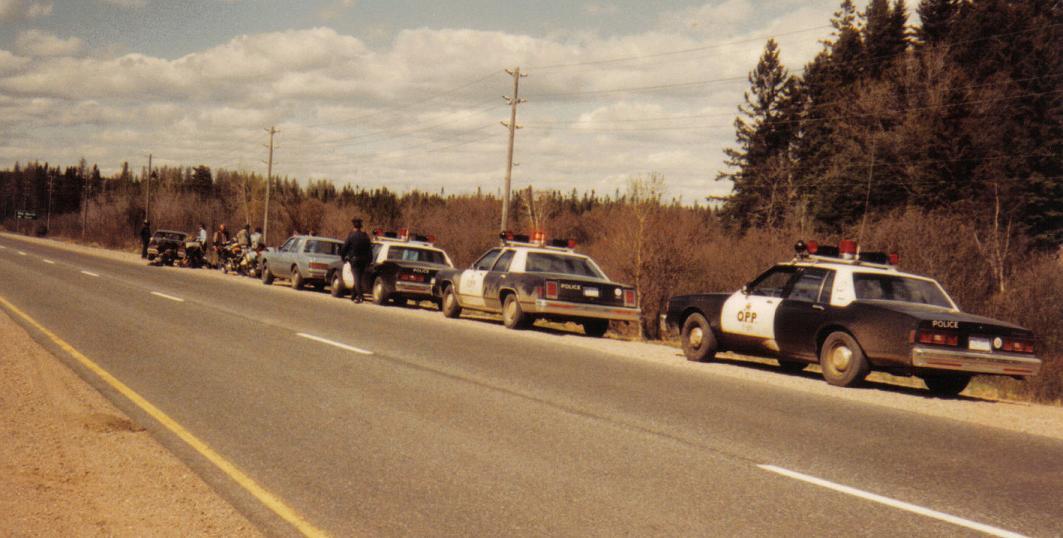 https://0901.nccdn.net/4_2/000/000/05e/0e7/Cop_Cars.jpg