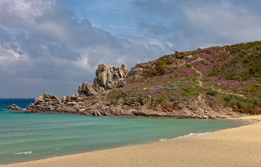 La plage de Santa  Teresa en Sardaigne  Site fabuleux pour  un pique-nique! - Avril  2010