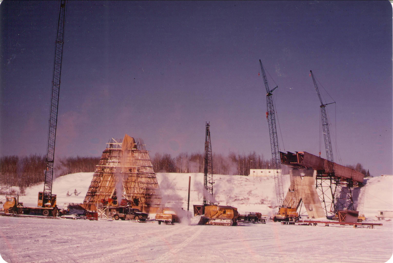 Building the Fort Vermilion Bridge.  Photo Credit: Marilee Cranna Toews