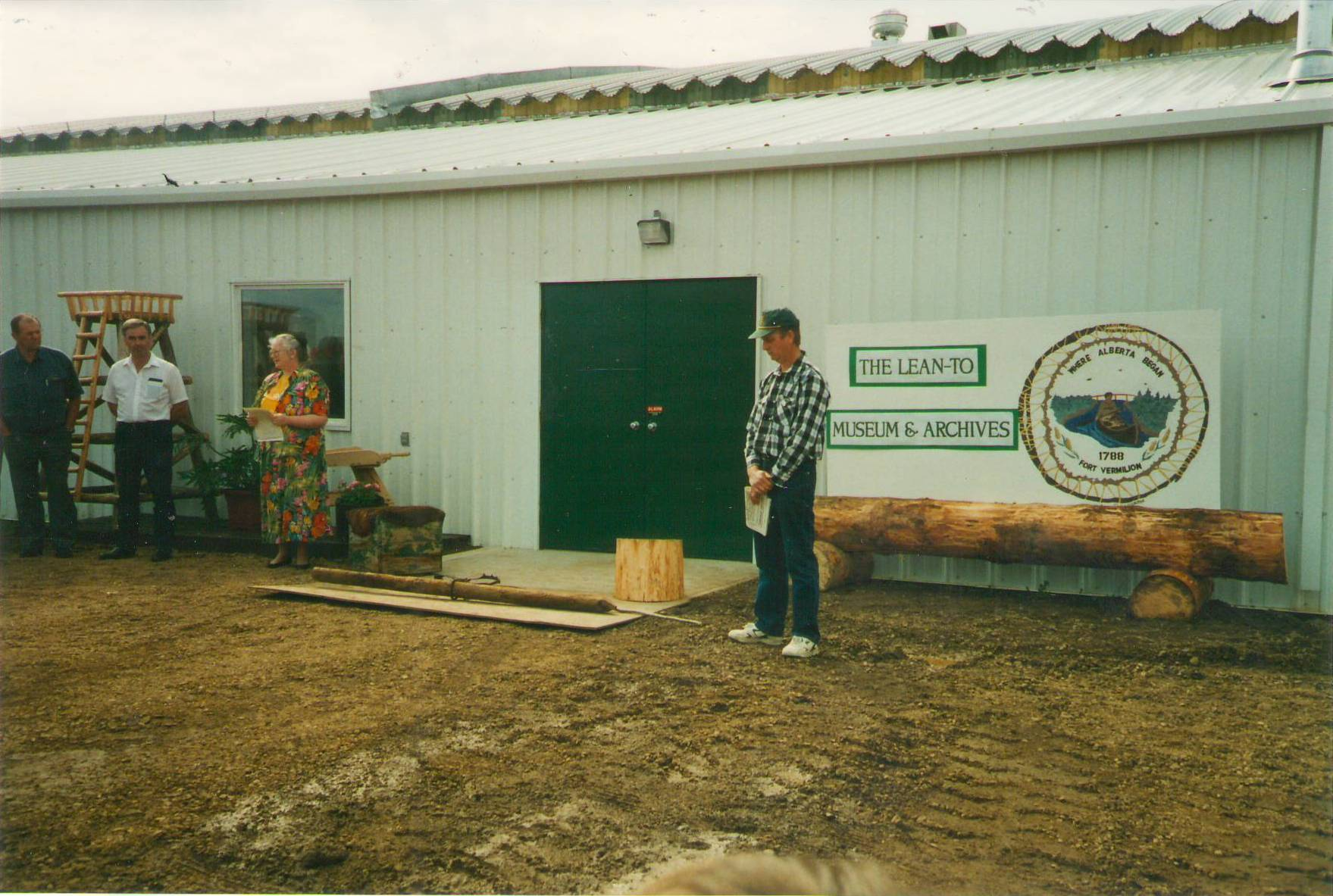 Opening of the Fort Vermilion Lean-to Museum and Archives 1995. Photo Credit: Pat Threlfall.