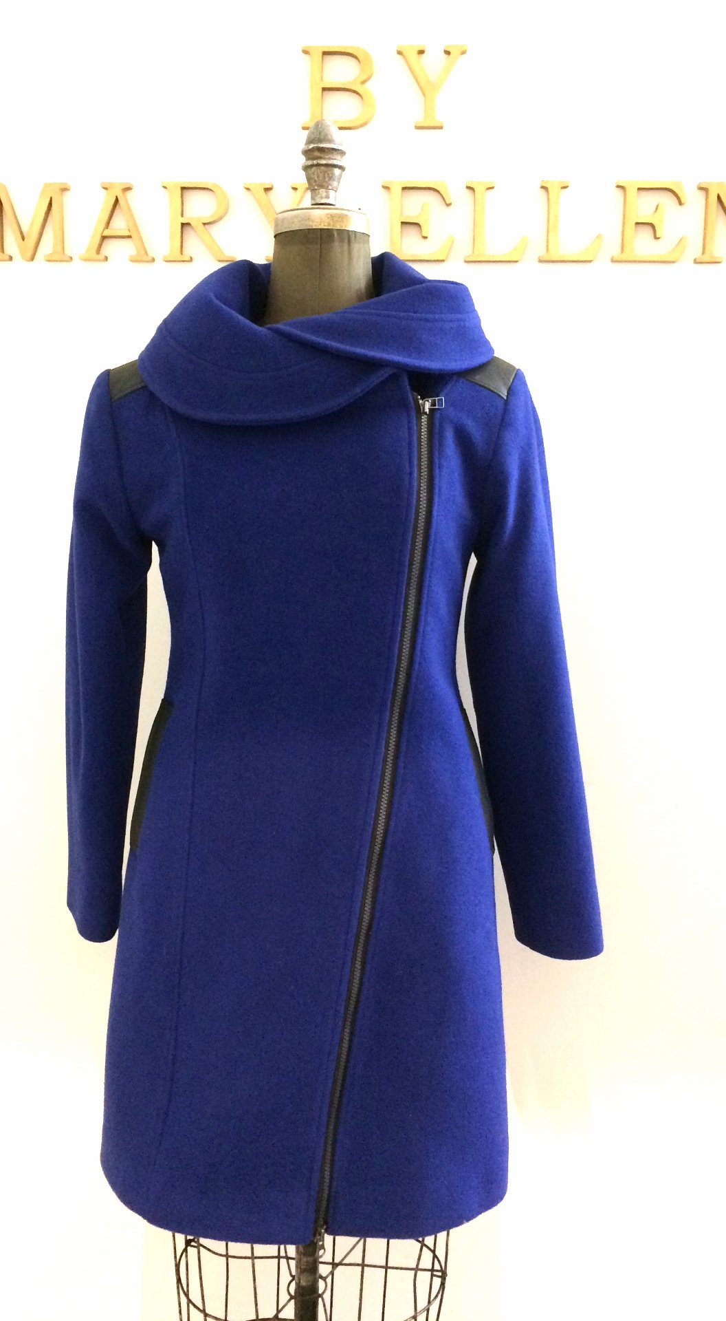 Style #3013 - Royal Blue -  Cashmere/Wool  Features: Modern styling and comfort. This style has an over sized rounded collar, diagonal 2 way zipper and trimmed with soft & supple lambskin leather. Includes extra buttons.  Chamois lined for warmth.  In-Stock Colours: Plum, Black, Black Raised Tweed, Charcoal, Charcoal Patter, Black/White Pattern , Houndstooth or can be custom made in the colour of your choice. ROYAL BLUE SOLD OUT CAN BE CUSTOM ORDERED  Various Fabric: Cashmere or Cashmere Blend, Alpaca, 100% Pure Virgin Wool or can be custom made  in the fabric of your choice.  Size: S,M,L  Price:   $ 579 and up