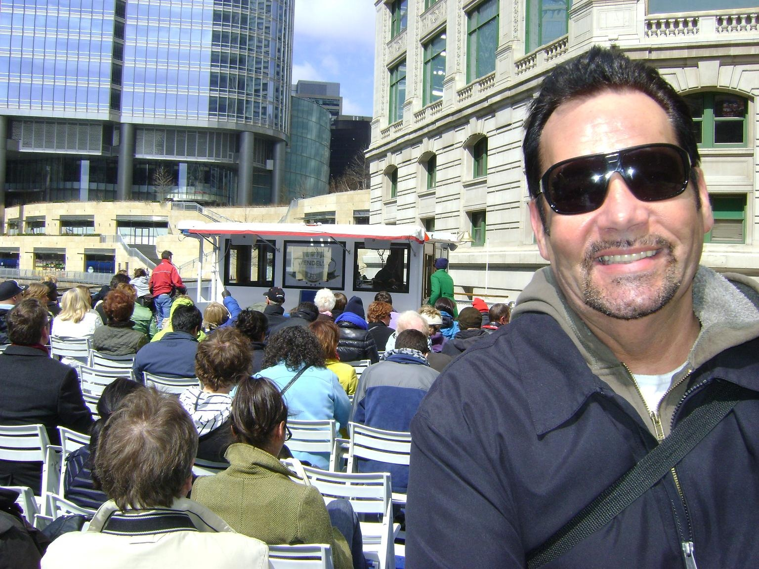 https://0901.nccdn.net/4_2/000/000/064/d40/Bruce-Bell-on-the-Chicago-River-Cruise-April-2011-1536x1152.jpg
