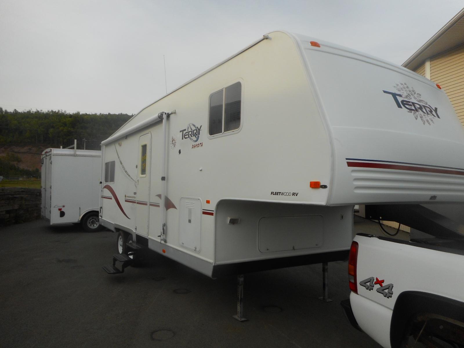2002 terry dakota 827-59 5th wheel