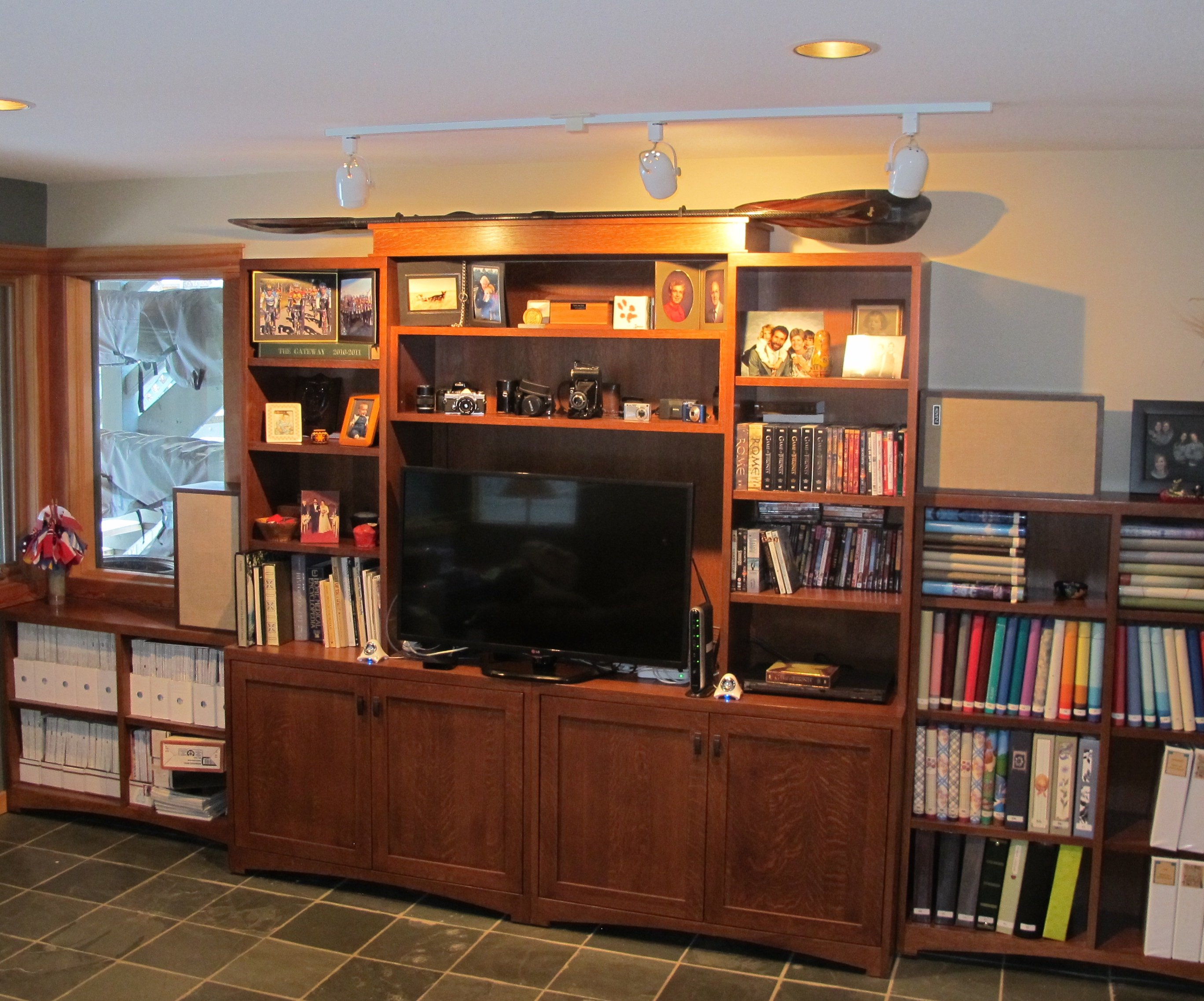Churchill Wall Unit