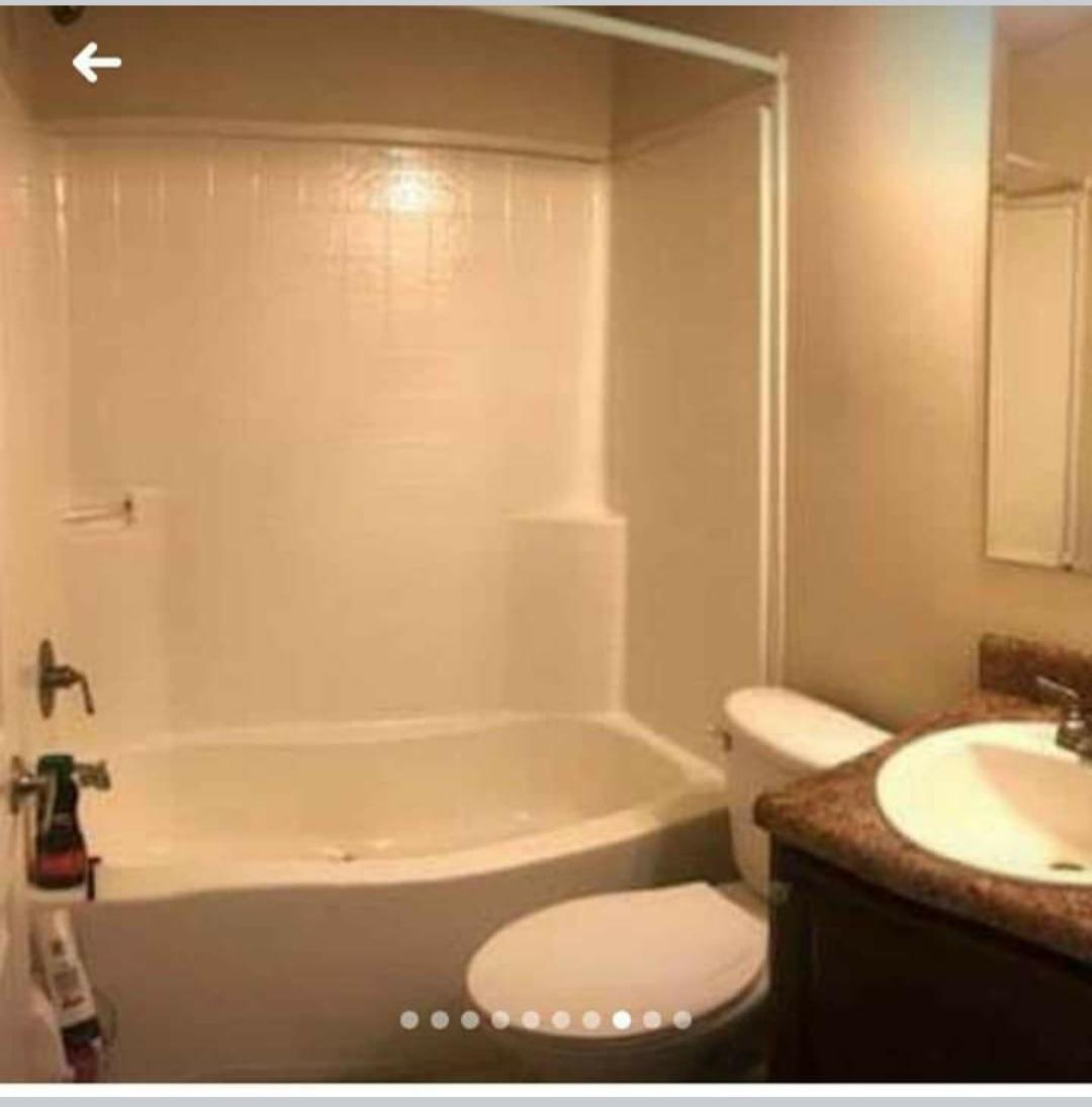 https://0901.nccdn.net/4_2/000/000/064/d40/bathroom.jpg