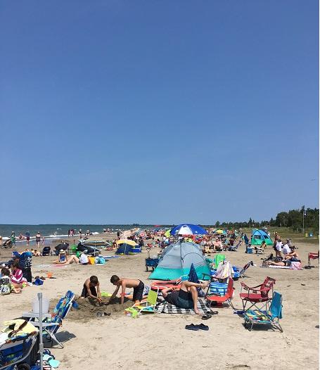 https://0901.nccdn.net/4_2/000/000/064/d40/beach.jpg