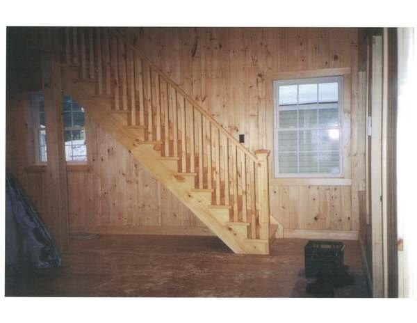 Straight pine stairs