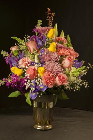 Birthday_Flowers_Port_Alberni.jpg