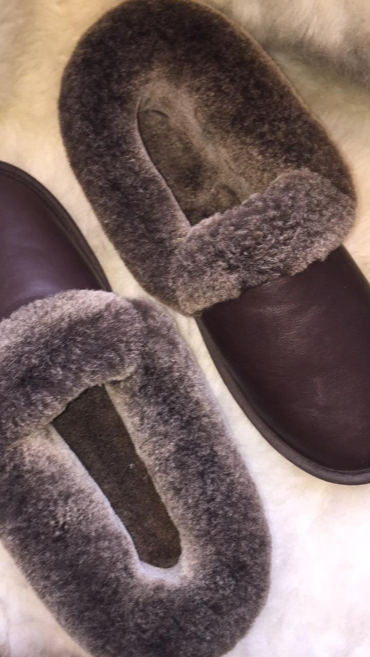 Men's Slipper- Sheepskin in Brown