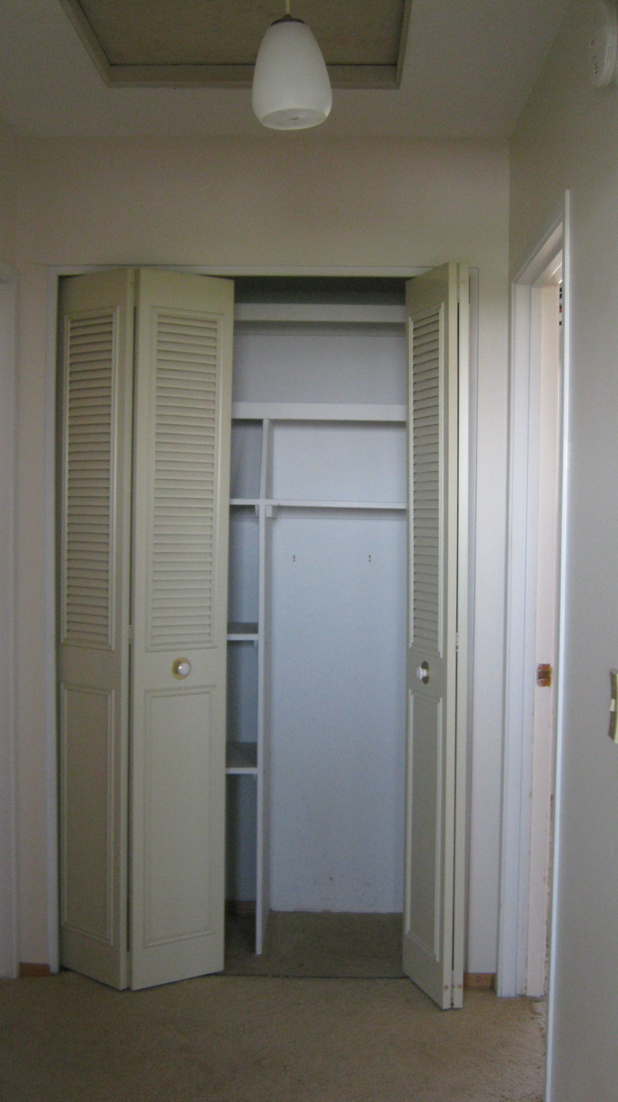 Linen-Closet-in-Upstairs-Hall