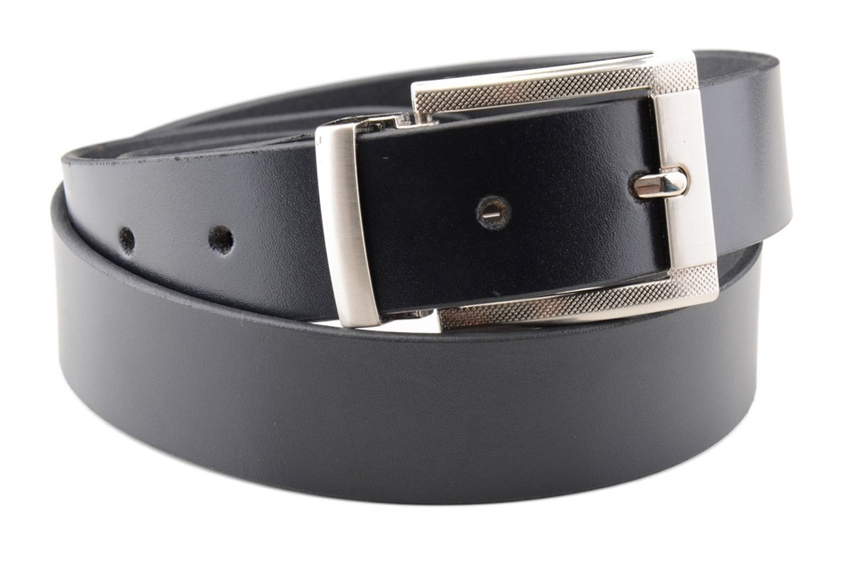 https://0901.nccdn.net/4_2/000/000/06b/a1b/calvadoss-leather-belts-003-1200x795.jpg