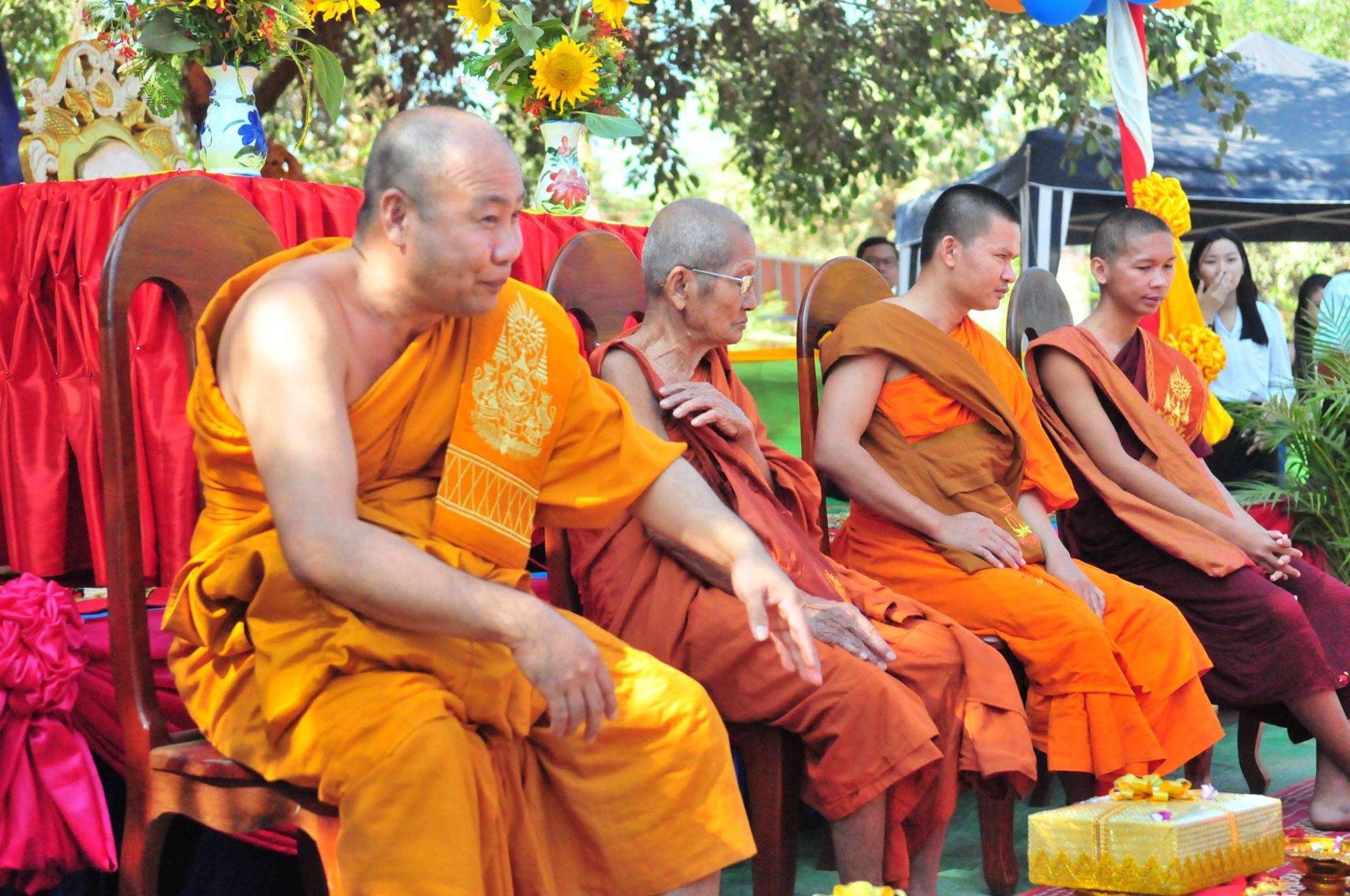 https://0901.nccdn.net/4_2/000/000/06b/a1b/cambodia15.jpg