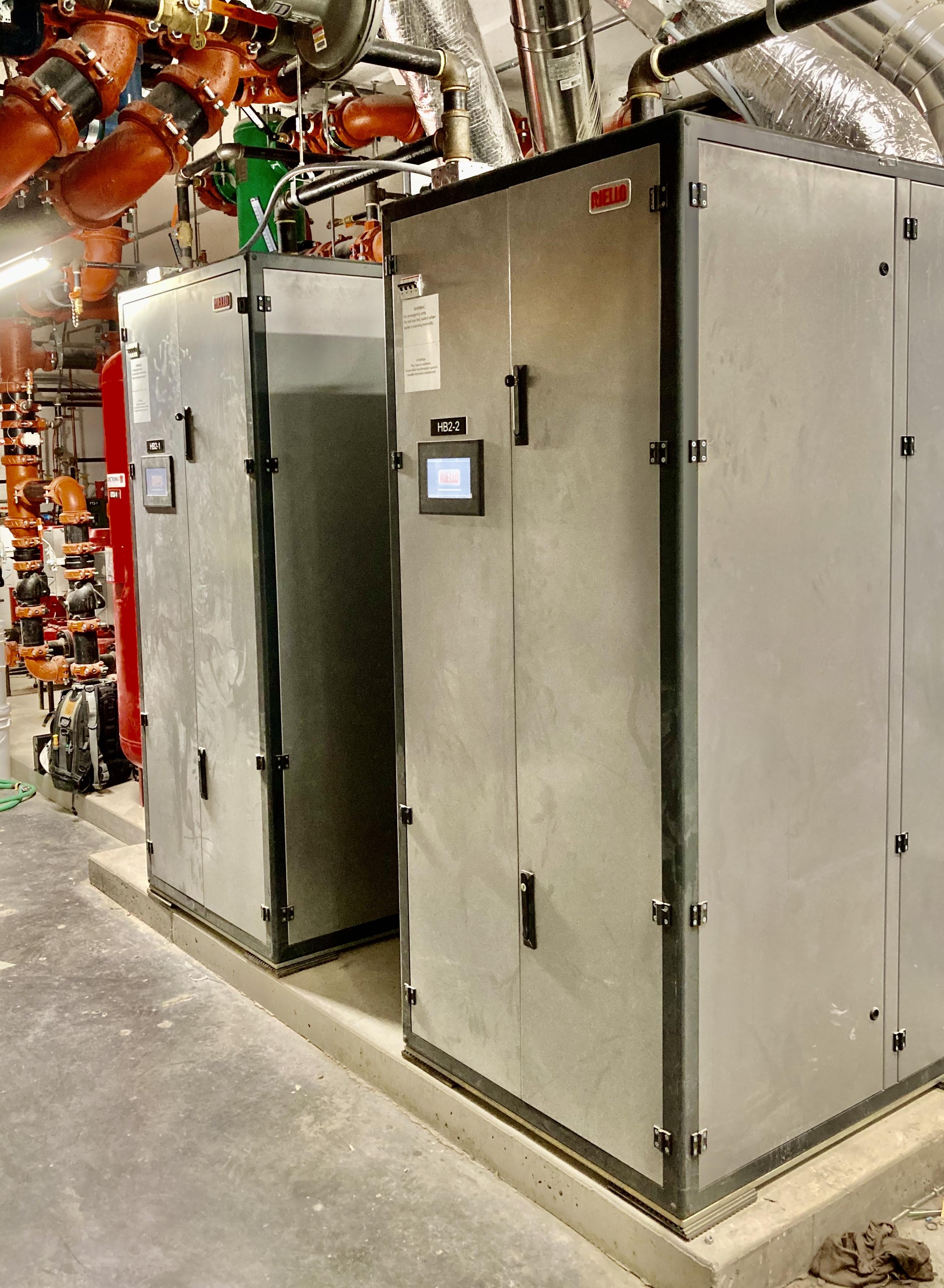 2X RIello ARRAY™ AR-4000 Boilers, Kingsland Junction Building 1-2-3 Central Boiler Plant