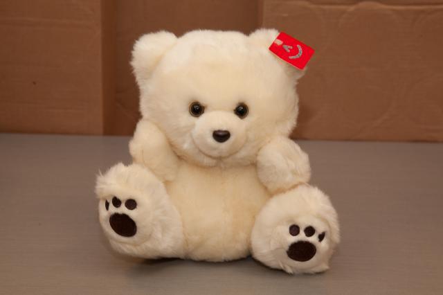 https://0901.nccdn.net/4_2/000/000/06b/a1b/zb_port_alberni_stuffed_bears-4387.jpg