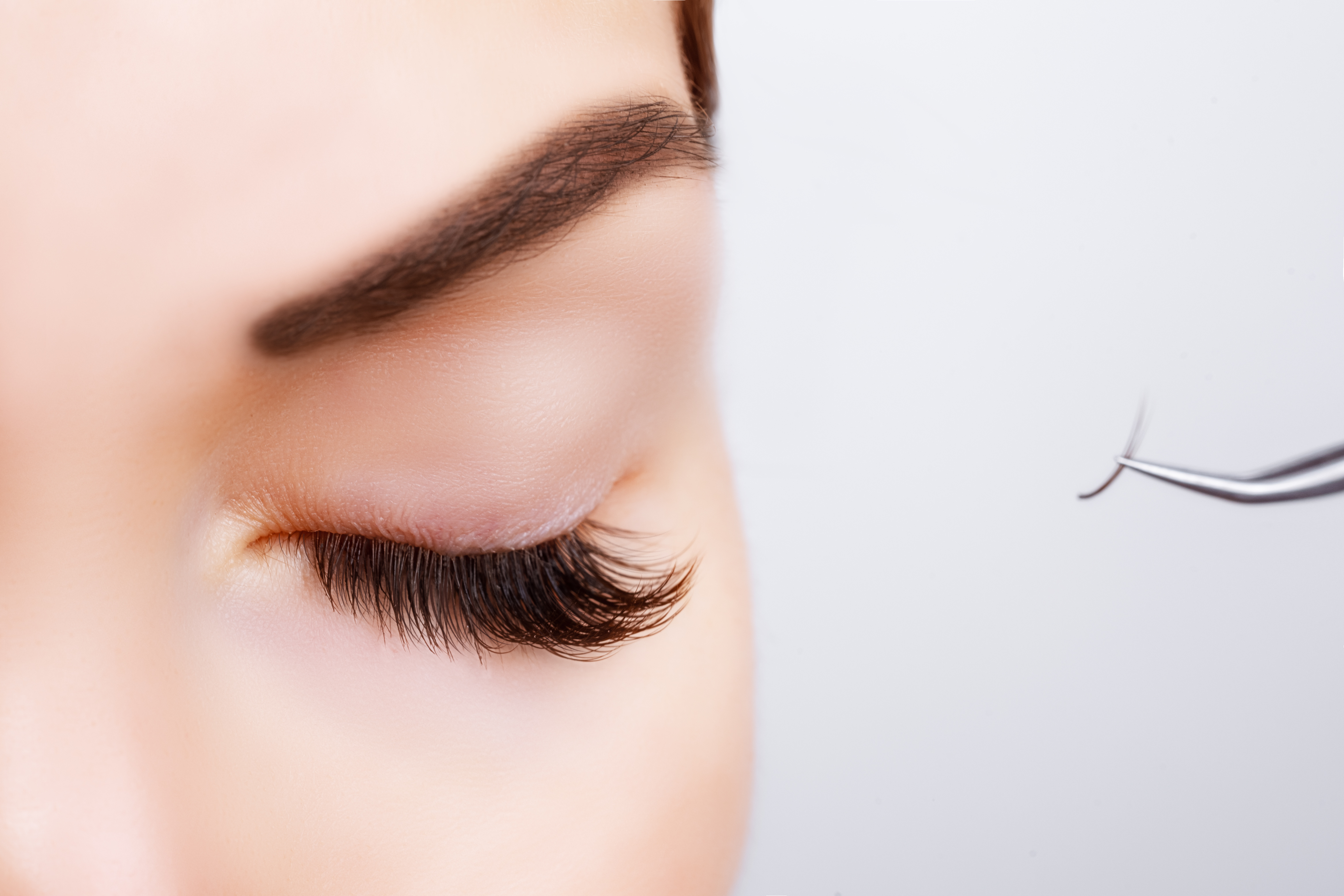 https://0901.nccdn.net/4_2/000/000/06c/bba/Canva---Woman-Eye-with-Long-Eyelashes.-Eyelash-Extension.-Lashes--close-up--4669x3113.jpg