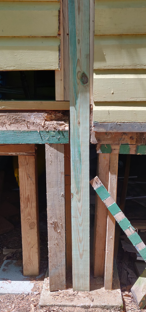 Yellow Cottage porch structural post