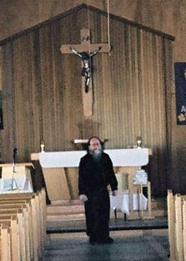 https://0901.nccdn.net/4_2/000/000/071/260/Bernie-church-in-Hay-River-271x380.jpg