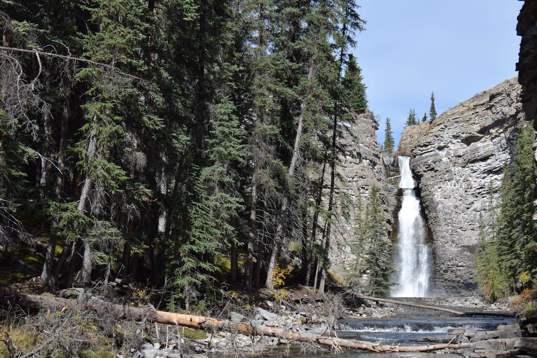 https://0901.nccdn.net/4_2/000/000/071/260/Bighorn-Falls_small.jpg