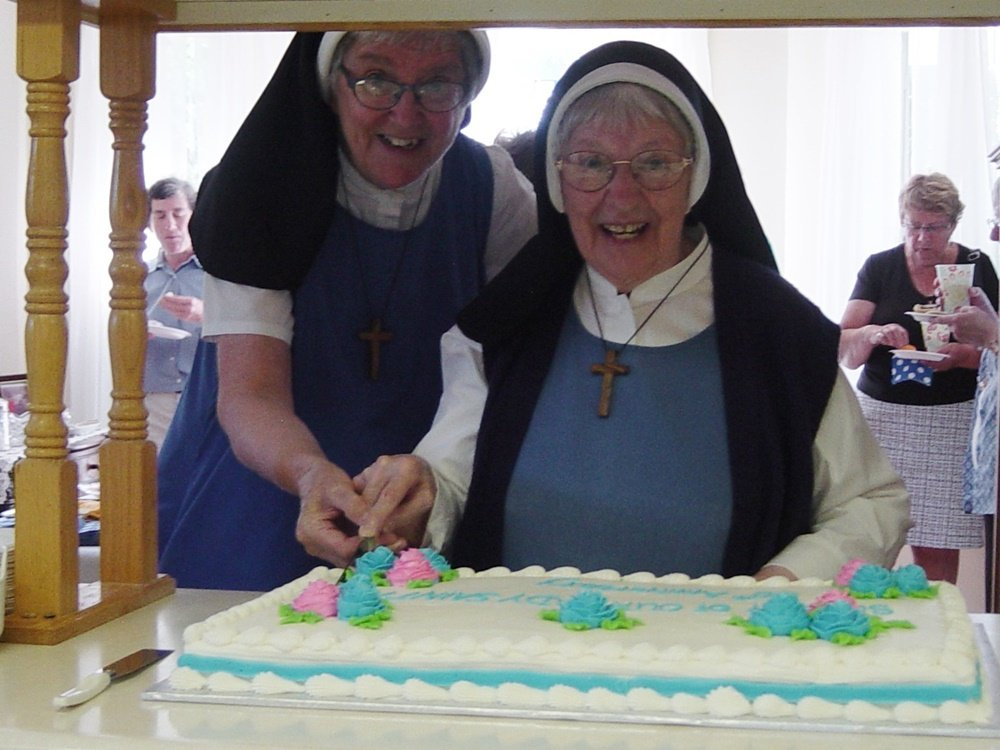 https://0901.nccdn.net/4_2/000/000/071/260/Sister-Barbara-and-Sister-Bonnie-1000x750.jpg