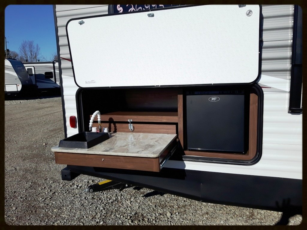 Coleman outdoor kitchen