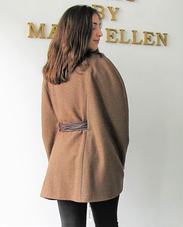 https://0901.nccdn.net/4_2/000/000/076/de9/Cape-1942-17-Pecan-Tweed-Genuin-Leather-Trim-4-1075x1330.jpg