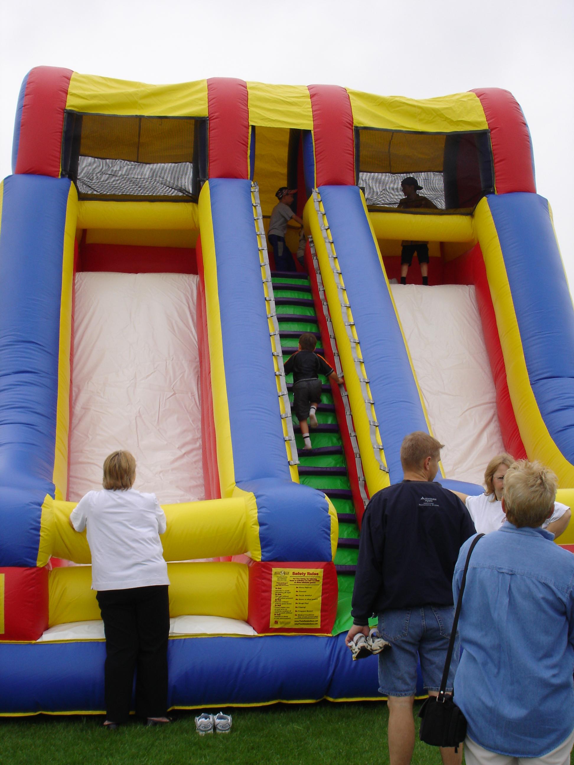 22 ft. Screamer Slide