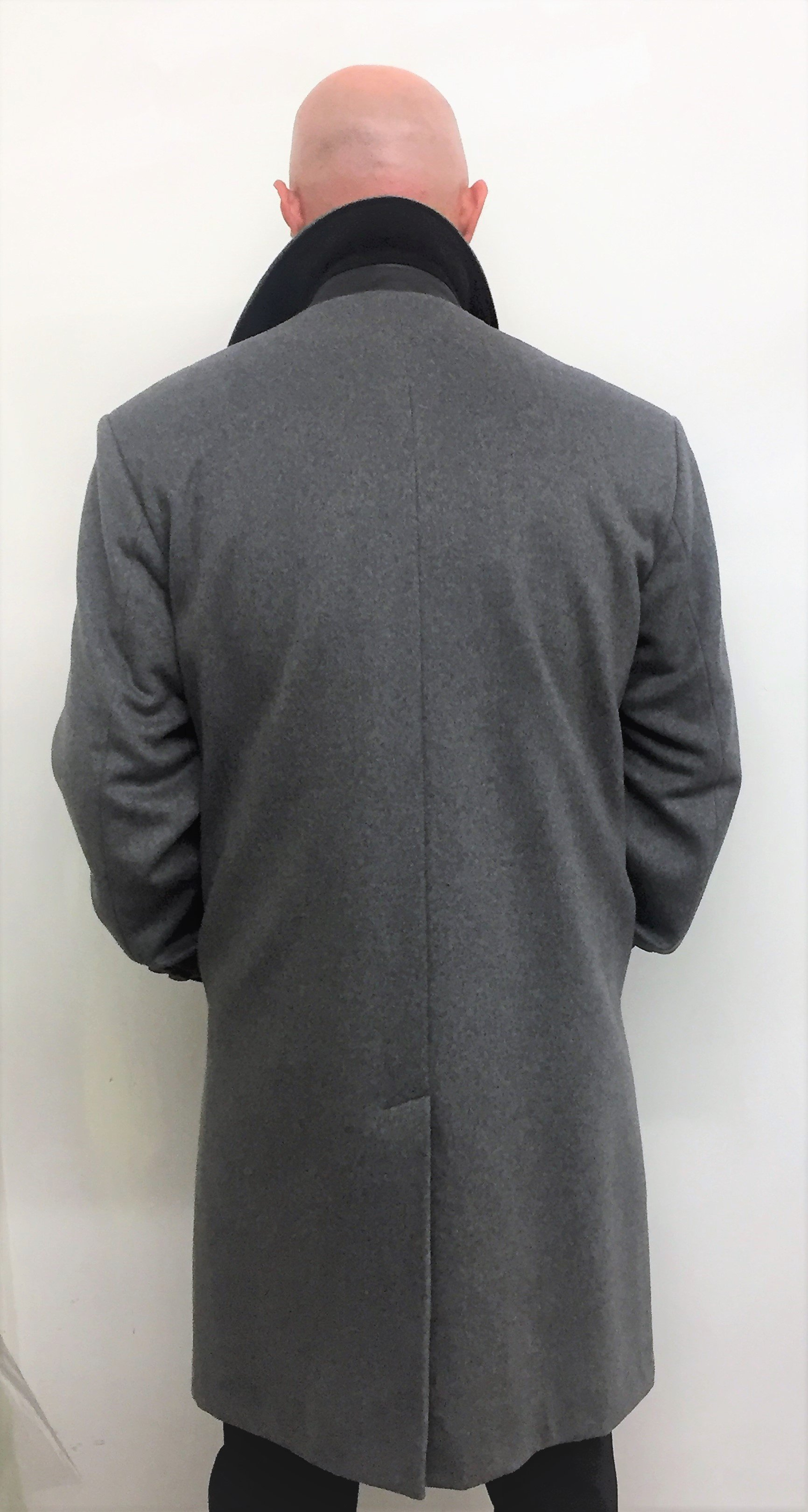 Style #M20189 Heather Grey 50% Cashmere & Wool (Back)