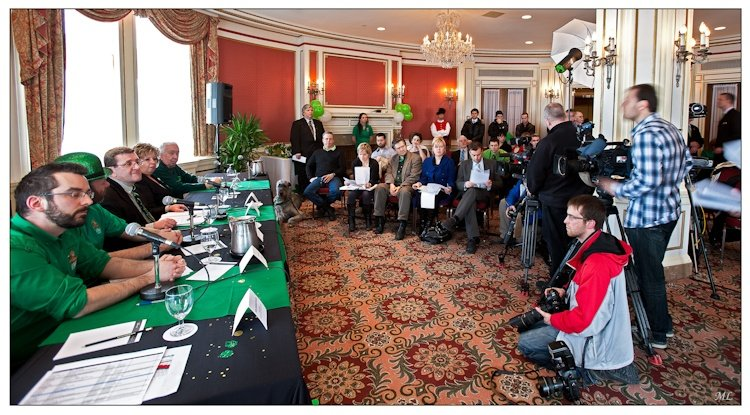 Conférence  de presse avec le  maire de Québec - 17 mars 2011